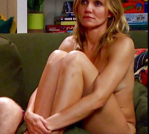Cameron Diaz nude in Sex Tape