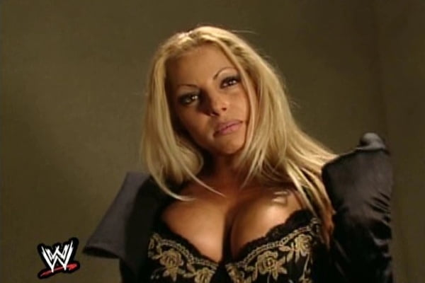 Celebrity Boobs - Trish Stratus