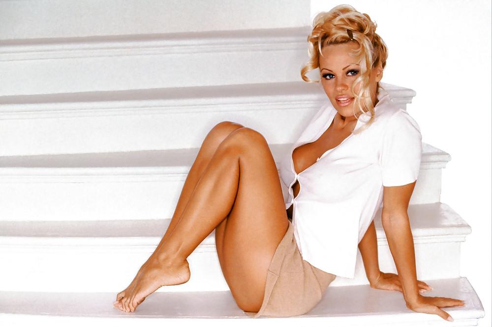 Pamela Anderson Foot Pics