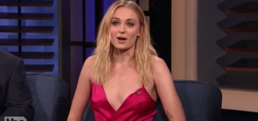 Sophie Turner Nipple