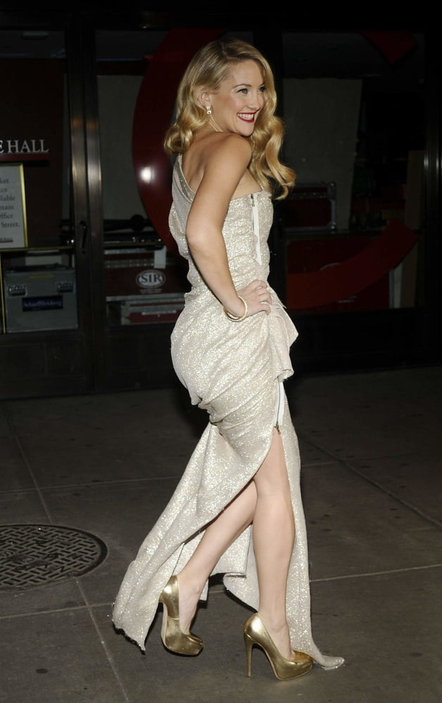 Celebrity Booty - Kate Hudson